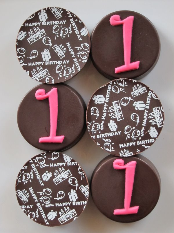 Happy 1st Birthday Chocolate Dipped Oreos